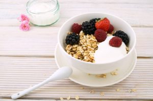 healthy-oatmeal-breakfast